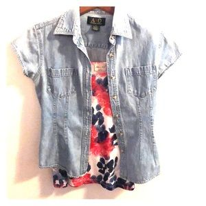 2-pc Set. Floral Tank Top & Light Blue Denim Top